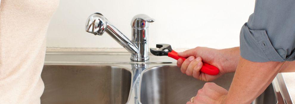 fontanero economico para reparaciones del hogar